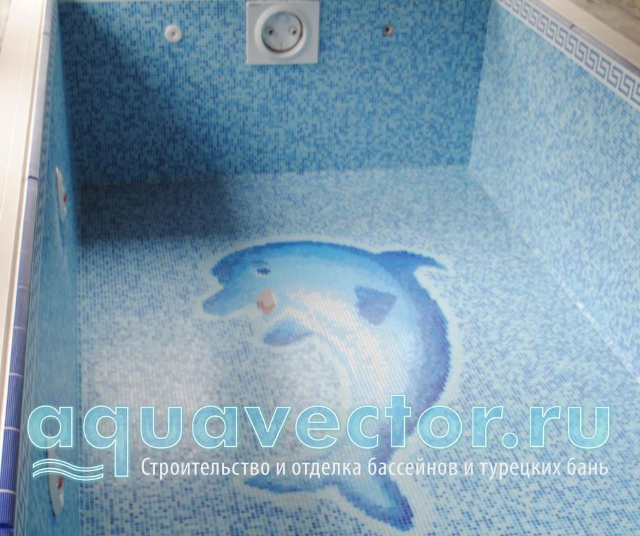 Панно Дельфин на дне бассейна