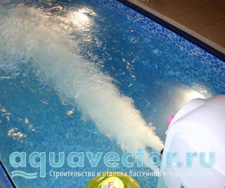 Работа противотока в бассейне