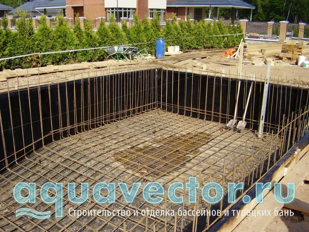 Армировка бетонной чаши бассейна