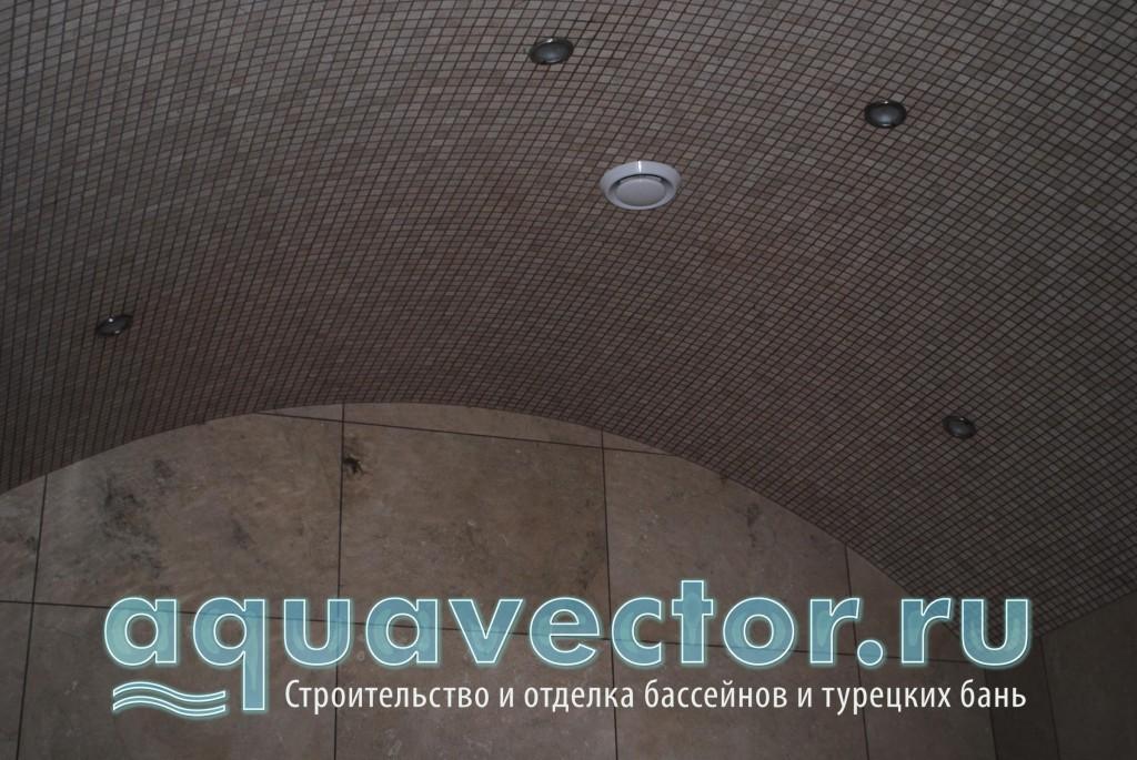Мозаичный потолок в хамаме