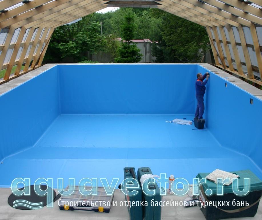 Послетние штрихи в отделке плёнкой бассейна