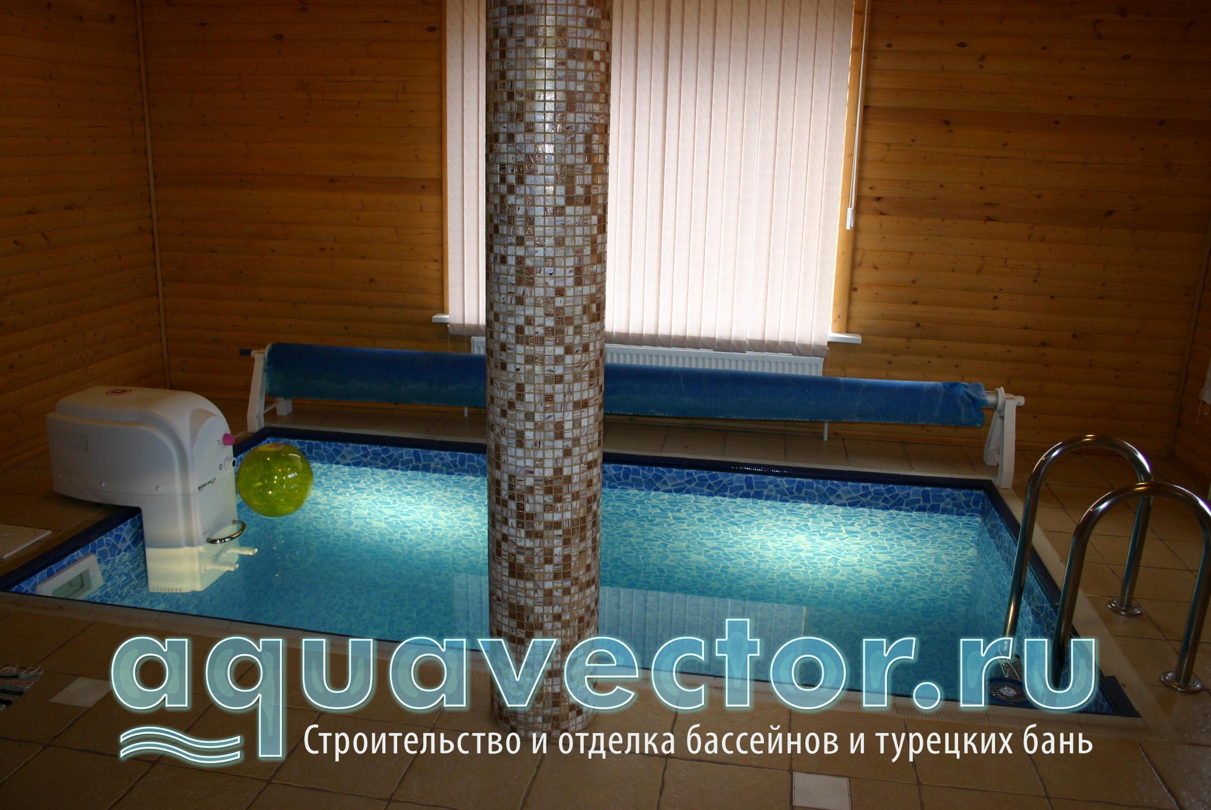 Навесной противоток в небольшом бассейне