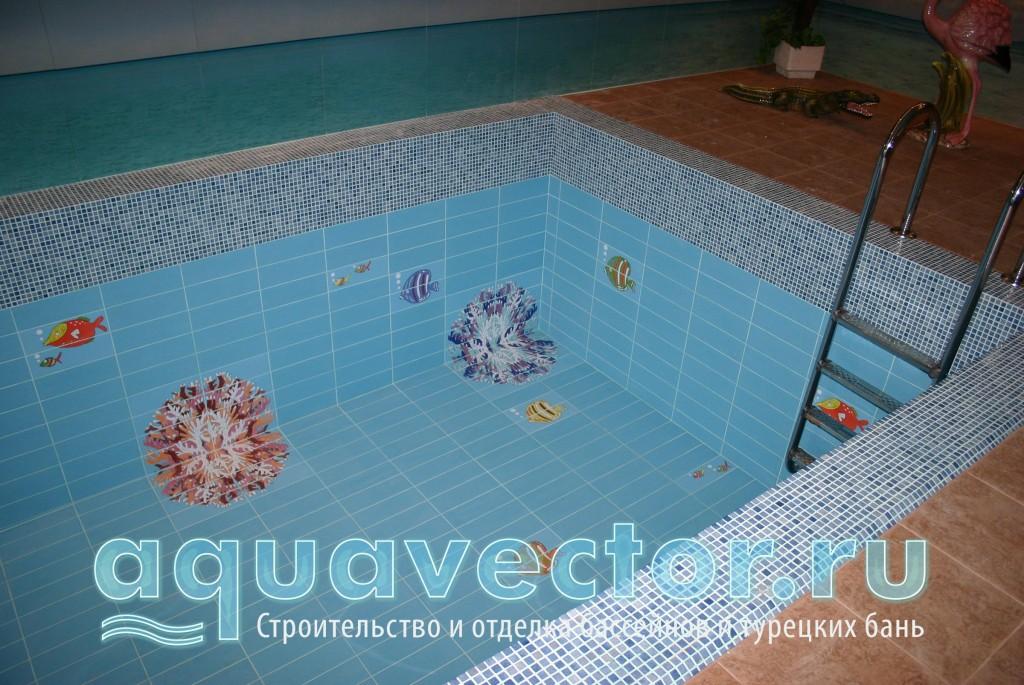 Комбинированный мозаично-плиточный бассейн