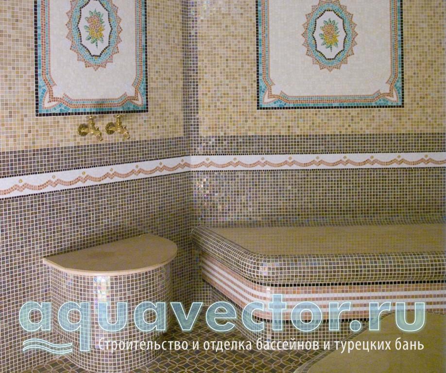 Просторная общественная турецкая баня