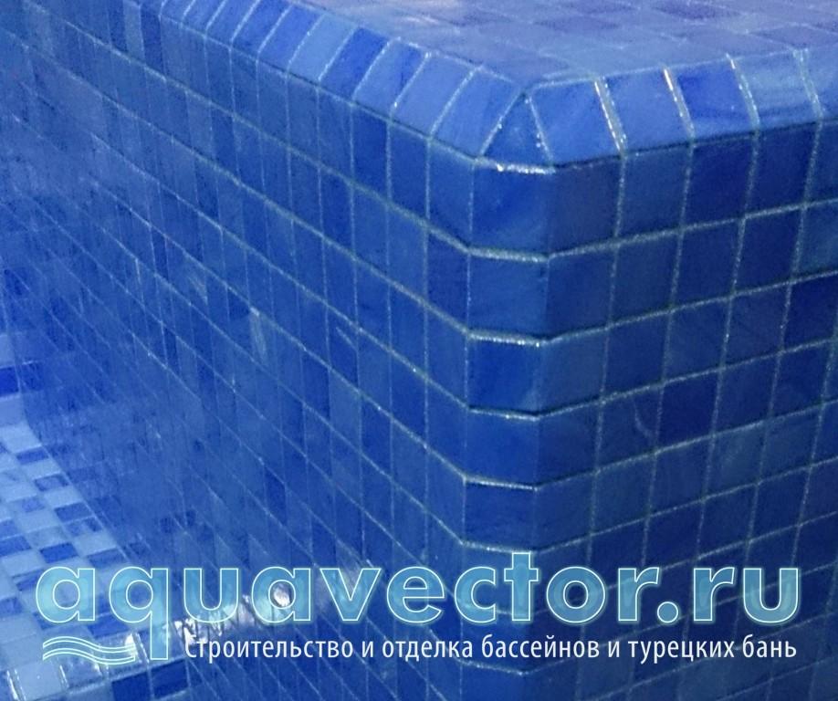 Безопасная отделка внешнего угла бассейна