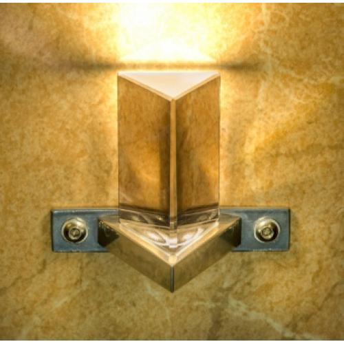 Стильный светильник Премьер Decor Prizma на стене